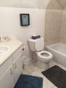 Marina bathroom 2